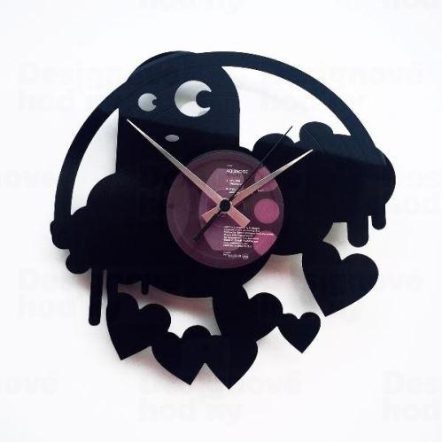 Dizajnové nástenné hodiny Discoclock 061 Strašidlo lásky 30cm