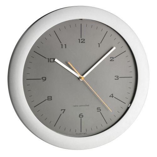 Nástenné DCF hodiny TFA 60.3512.10 s tichým chodom